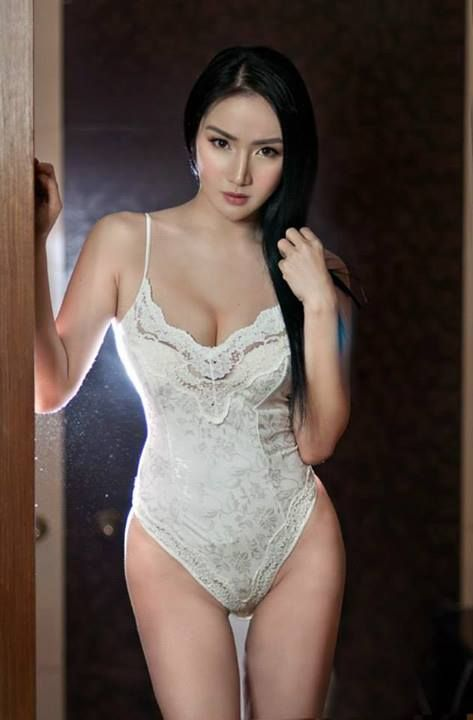 Awesome pinay beauty naked