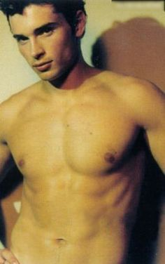 Tom welling young shirtless
